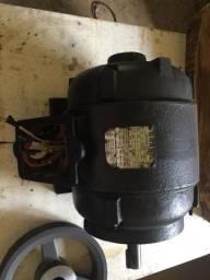 Motor tri fásico 3cv