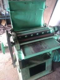Máquina desegrosso industrial