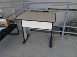 Mesa de escritório (para impressora, computador ou café)