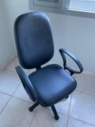 Cadeira de Escritório - 2 Meses de Uso