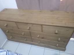 Cômoda de madeira