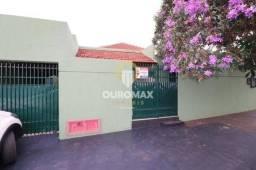 Casa comercial para alugar, por R$ 2.450/mês - Centro - Ourinhos/SP.