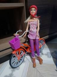 Barbie ciclista