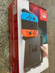 Nintendo Switch + 10 jogos + case