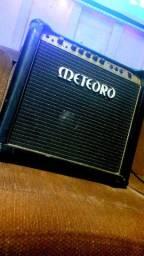 Amplificador meteoro atomic drive 50