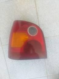 Vendo Lanterna Traseira Esquerdo Polo Hatch 03 a 06