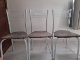 3 cadeiras de ferro para reformar (Retirada Castelo Branco)