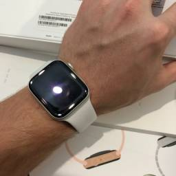 Apple Watch Series 4 44mm GPS + Celular