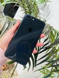 iPhone 8 Plus preto 64GB saúde 84%