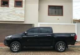 Toyota Hilux SRX 2017- Excelente oportunidade - 2017