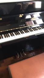 Piano Yamaha JU109