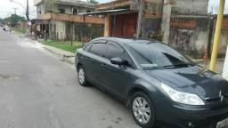 Vendo ou troco por carro menor motivo garagem - 2011