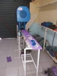 Maquina de fabricar sandálias
