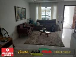 ARV 131. Linda Casa 3 Quartos, Varanda, Suíte, Closet, Quintal, Colina de Laranjeiras