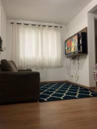 Apartamento no Pq São Vicente com 2 dorm, piso laminado