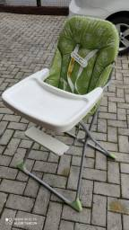 Cadeiras de alimentação infantil