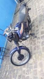 Vendo moto 99 com motor de 150