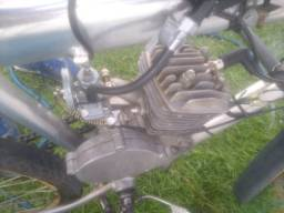 Vendo motor 80cc completinho mais informações no direct