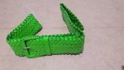 Cinto Verde de Plástico