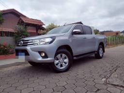 Hilux srv 2.8 ano= 2017/17