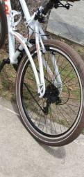 Bicicleta Caloi 400 confort aro 26, toda em alumínio, zerada.