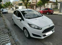 NEW FIESTA 2015 FINANCIAMOS OU LIBERAMOS O CRÉDITO