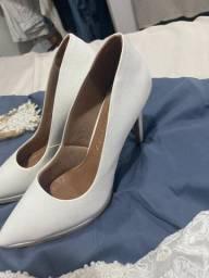 Sapato Branco - Salto Alto