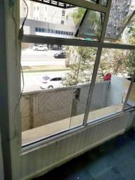 Kitnet aluga-se ao lado do Metrô Paulista e Sem Burocracia