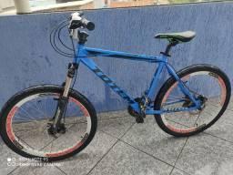 Bike com freio a disco top no precinho pra ir embora logo