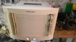 Ar condicionado 7500 BTUs 110 w