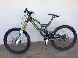 Bike Santa Cruz V10 mtb downhill e freeride