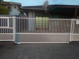 Alugo casa no Adhemar Garcia