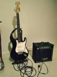 Vendo kit completo de guitarra R$ 600,00