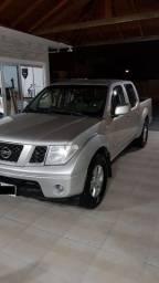 Vendo Caminhonete Nissan Frontier XE 2.5 - 2011-2011 Cabine Dupla 4x2