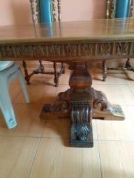 Mesa madeira pura com 4 cadeias