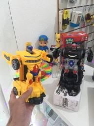 Carro transformes que vira robô