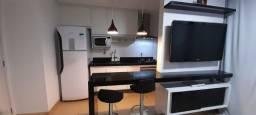 Lindo apartamento 2 quartos com varanda - Com moveis planejado