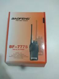Rádio comunicador de longo alcance baofeng novo na caixa (aceitamos seu auxilio)