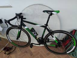 Bicicleta speed trinx