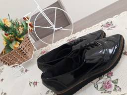 Sapato Preto Tamanho 35 - Perfeito estado