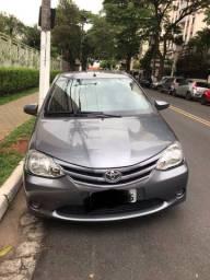 Toyota Etios Sedan X 2014 unico dono manual