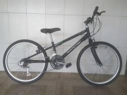 Bicicleta aro 26 rebaixada aero nova preta