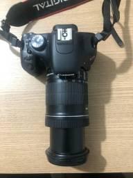 Cânon redel t2i + lente 18-135 mm + bolsa própria cânon