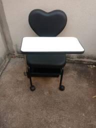 Cadeira Manicure - pouco usada