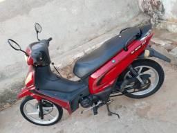 Vende se uma moto Shineray jet