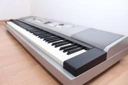 Yamaha DGX 520