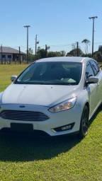 Ford Focus Titanium 2.0 AT 2016
