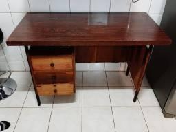 Mesa madeira com gavetas