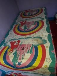 Vendo essa cama pra criança usada  ten quui vim buscar nao entrego