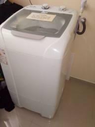 Maquina de lavar em perfeito estado com 1 ano de uso